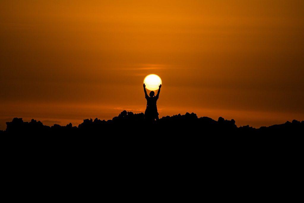 o sol e a sua utilização como fonte energética do futuro