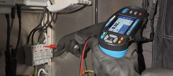 F.Fonseca apresenta verificador de segurança elétrica MI 3152 da Metrel